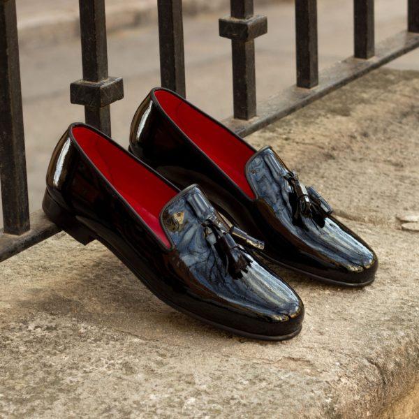 tassel slippers in black patent leather TUXO
