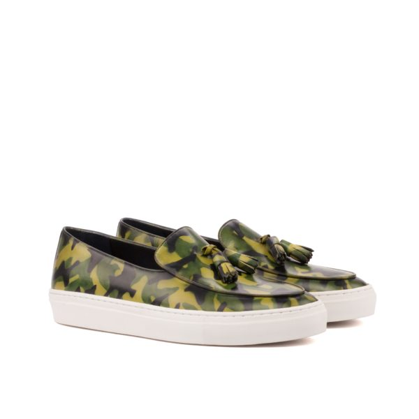 Camoflage sneakers VERTONGEN green camo pattern