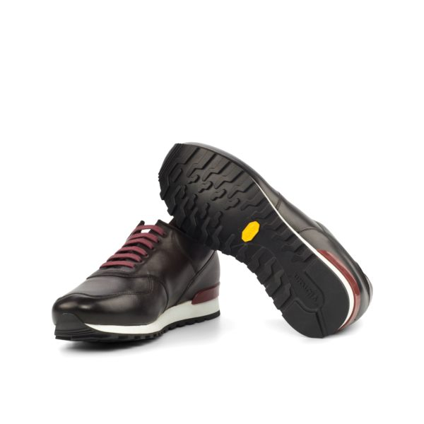 cushioned rubber soles on comfortable leather Jogger Trainers COE