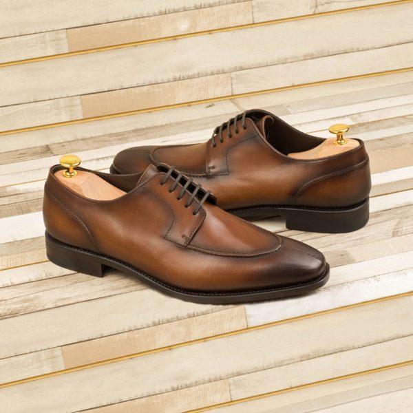 Derby Shoes with split toe design CONGRESS